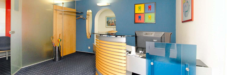 Zahnarzt Schwarzach - Kremer - Empfangsbereich unserer Praxis